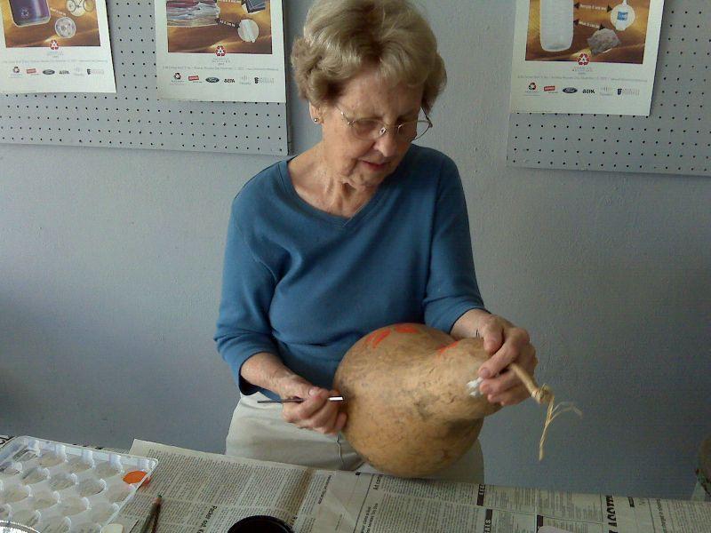 Grandma painting gourd