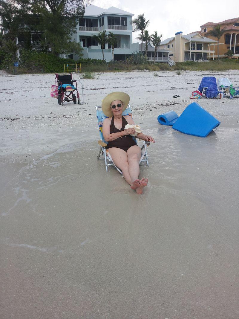 Bathing beauty at shore